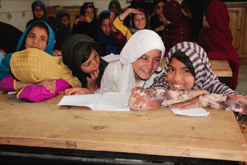 Skateistan_Press Image_ Girls Back To School Kabul _©Skateistan